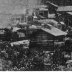 大正6年頃の大夕張炭礦停車場、機関車は夕張機関区所属の鉄道院9030型SL。 石炭車はオテセ(大型・鉄製石炭車)が入線している。 背景の炭鉱施設も明治45年当時から拡充されている